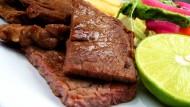 营养美味的牛排图片_23张