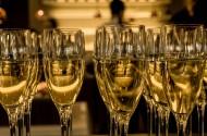 口感爽滑的香槟酒图片_11张