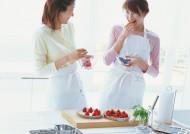 厨房里的女人图片_160张