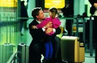 机场和亲友重逢、告别图片_5张