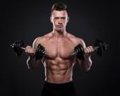 肌肉男士健身图片_15张