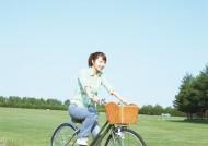 骑自行车的女孩图片_16张