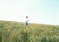 女孩与自然图片_52张