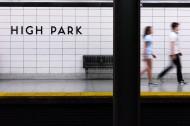 人来人往的地铁站图片_13张