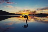 优美的瑜伽动作图片_12张