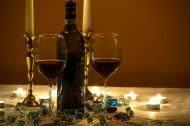 透明的红酒杯图片_11张