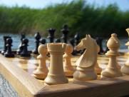玩法多样的国际象棋图片_13张