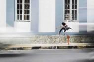 炫酷的滑板动作图片_10张