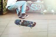 滑板少年图片_16张
