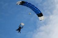 极限运动高空跳伞图片_10张