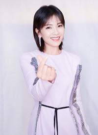刘涛穿浅色紫色浪漫色礼服图片