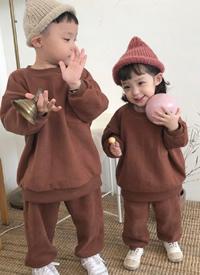 哥哥和妹妹的简单生活拍摄图片欣赏