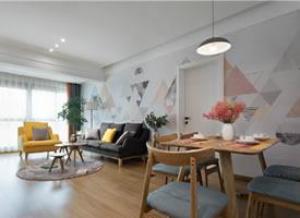 80㎡北欧简约风格二居室,很喜欢沙发墙面的装饰,清新惬意