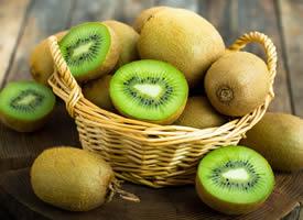 新鲜营养的猕猴桃图片欣赏