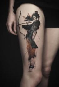 适合大腿和大臂的创意水墨设计纹身图
