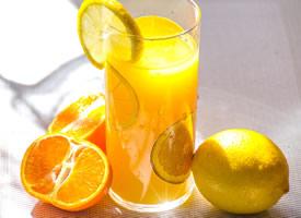 闻起来一股清香的天然橙汁图片欣赏