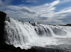 一组宏伟壮观的冰岛马鬃瀑布高清图片欣赏