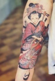 创意的一组日本艺伎风格的纹身图片