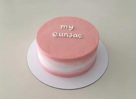 一组好看美丽极简ins风生日蛋糕