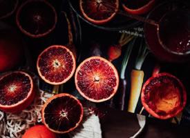 有着天然的红色的完美酸甜比例的血橙