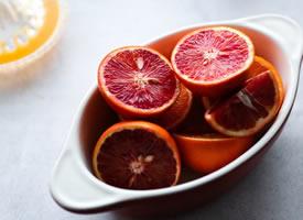 一般红一半黄的美味血橙图片欣赏