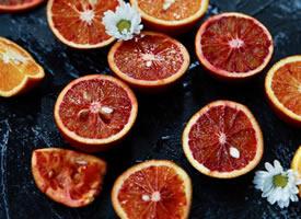 一组红彤彤含多种营养的橙子图片欣赏
