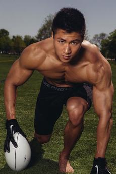 完美身材的肌肉帅哥性感摄影图片