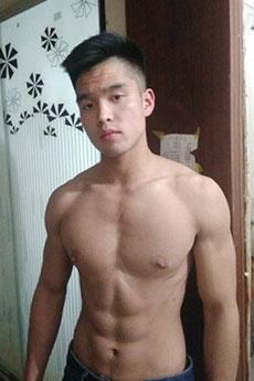 短发肌肉帅哥健身摄影写真集