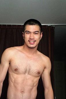身材超级棒的泰国肌肉帅哥写真照片