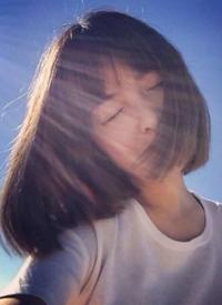 一组超美的齐刘海美女发型图片欣赏