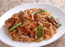 一组粤菜美食干炒牛河图片欣赏