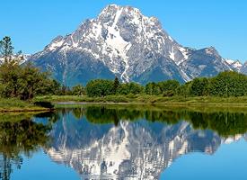 一组蓝蓝的天空山水美景图片欣赏