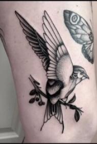 点刺纹身   10组技艺巧妙的黑色点刺纹身图案
