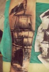 纹身小帆船   9张随风远洋的帆船纹身图案