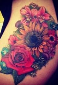 向日葵纹身图 10款彩绘纹身植物漂亮的向日葵纹身图案
