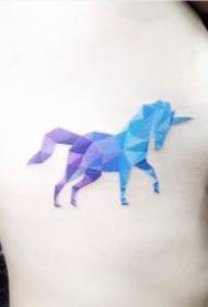 纹身独角兽   8款高贵纯洁的漂亮独角兽纹身图案