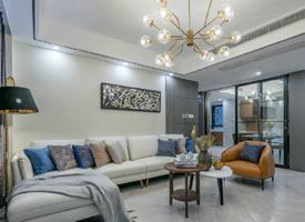 131平现代港式风三居室,简约实用 温馨舒适