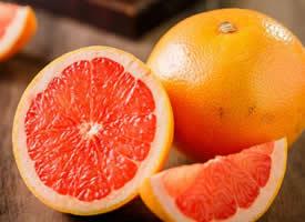 一组红色看起来就很好看的橘子