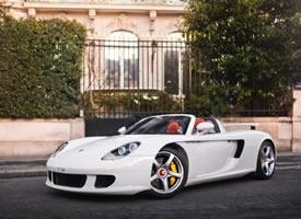 Porsche Carrera GT 诱惑力十足! 白色的更显韵味