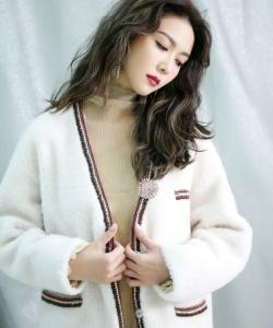 薛凯琪简约时尚写真图片