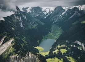 一组美丽的山峰高清图片欣赏