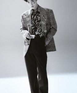 肖战帅气百变时尚写真大片