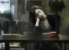 雨,是天空的眼泪,是天空释放心情的表现
