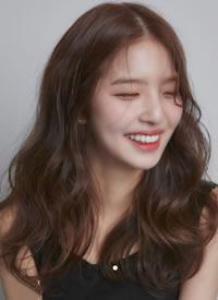 韩式卷发,温柔又时髦,自带高级感 