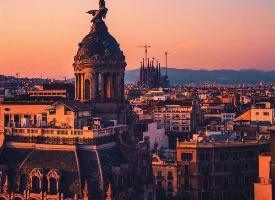 巴塞罗那的傍晚阳光