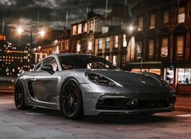 The 2018 Porsche 718 Porsche Cayman GTS