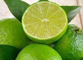 一组唯美清新的柠檬图片欣赏