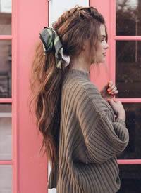 一组适合秋天的温柔发带编发图片