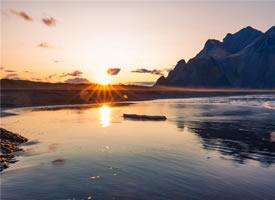 明媚的冰岛风光高清桌面壁纸