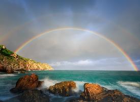 唯美绚丽的彩虹高清图片